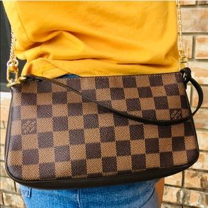 Louis Vuitton pouch pochette crossbody